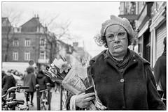 DSCF2041.jpg (srethore) Tags: photo de rue street bw candid people 7artisans 35mm