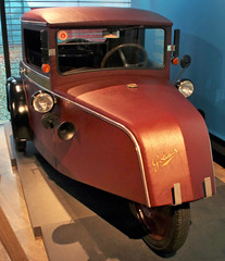 Pionier (Schwanzus_Longus) Tags: bremen focke museum german germany old classic vintage car vehicle trike tricycle three 3 wheeler goliath pionier