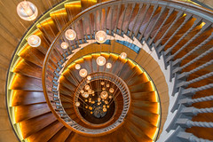 Heal's Department Store, London, England (IHP) Tags: london 2018 tamron 2470 28 spiral staircase structure architecture symmetry treppe spirale treppenhaus abstrakt symmetrie fibonacci