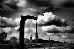 Must have... (Franck gallery) Tags: tour eiffel paris funny noirblanc blackwhite nuage cloud bridge alexandrelll quaisdeseine monument pont blackdiamond amusant d90