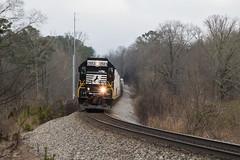 Clear Shot (travisnewman100) Tags: norfolk southern ns train railroad rr freight manifest road local g39 georgia division atlanta north seney emd sd402 rockmart locomotive 924h signal