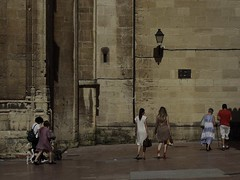Coppie (Giangaleazzo) Tags: oviedo spain spagna canon church walk walking couple street camminare espana two due eos coppia coppie