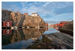 Smögen, Canal Grande (leo.roos) Tags: reflection weerspiegeling sel1670z variotessar16704za variotessarte41670 smögen scherenkust archipelago swedenspring2018 a7rii sonycarlzeiss1670mmf4zaossvariotessar sonycz16704 apsc darosa leoroos