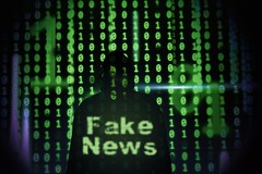 Fake_News-vor-Hacker (Christoph Scholz) Tags: fake news fakenews fälschung falschmeldung hetze rechte internet gruppen chat manipulation täuschung soziale medien trump donald
