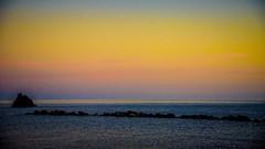 Monterosso amarillo, Cinque Terre (pepoexpress - A few million thanks!) Tags: nikon nikkor d750 nikond75024120f4 nikond750 24120mmafs pepoexpressflickr monterosso italy cinqueterre sea seascape sunset sunrise goldenhour horamágica horadorada puestadesol sky