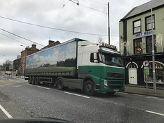 Volvo Globetrotter - Charleville, County Cork - Saint Stephen's Day / Boxing Day, 2017 (firehouse.ie) Tags: 104 trucking truckers hgvs hgv vehicule vehicle transportation transport castlecor ireland articulated trucks 18wheeler artic bigrig truck globetrotter volvos volvo