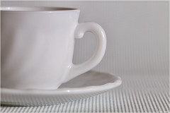A little coffee on white (Vicent Ramiro) Tags: whiteonwhite macromondays white blanco coffee cup taza café bw blancoynegro blackwhite