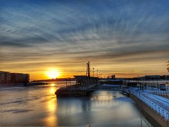 Winter Sun on a Saturday afternoon - Helsinki, Finland - 12 January 2019 . . . . . #helsinki #finland #suomi #nordic #baltic #myhelsinki #lifeinhelsinki #snapseed #2019 #january #january2019 #wintersunset #ruoholahti #lauttasaari #balticsea #saturdayafter (paulmcnam) Tags: balticsea snapseed suomi baltic saturdayafternoon helsinki winter nordic wintersunset winter2019 motorolag6plus january2019 myhelsinki lauttasaari lifeinhelsinki 2019 january ruoholahti comingoutofthegym finland