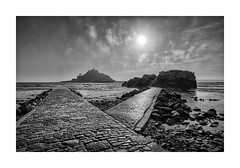 ST MICHAELS MOUNT CAUSEWAY mono (Barry Haines) Tags: causeway mount michaels st sky concrete distagon loxia 21mm a7rii a7r2 sony marazion wall sea cornwall