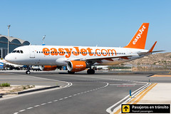 Airbus A320 easyJet Europe OE-IJJ (Ana & Juan) Tags: airplane airplanes aircraft airport aviation aviones aviación a320 airbus easyjet europe taxiing alicante alc leal spotting spotters spotter planes canon closeup iiialcspotterday