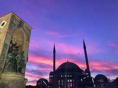Taksim Turkey #street_photography #photo_art #photooftheday #photography #photo #sunsetphotography #color #flickr #explore #beauty #mosque (salam.jana) Tags: streetphotography photoart photooftheday photography photo sunsetphotography color flickr explore beauty mosque