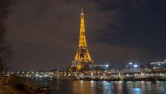 Eiffel Tower - Paris (valecomte20) Tags: tour eiffel tower paris seine water bluehour sunset nikon d5500 sky cityscape