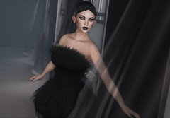 Black Swan (EnviouSLAY) Tags: equal10 equal 10 rowne foxy eyeshadow blackswan black swan feathers ballet swanlake lake lipstick pinkfuel pink fuel genus classic belleza bento freya ascendent nails letre foxcity dress makeup monthlyevent monthlyfashion monthlyfair newreleases new releases event fair fashion monthly pale female male gay lgbt blogger secondlife second life photography dark