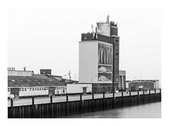 Zeeland (sw188) Tags: holland zeeland breskens hafen sw street sachlichkeit bw blackandwhite industrielandschaft industriegebiet
