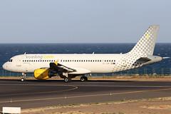 EC-JGM (GH@BHD) Tags: ecjgm airbus a320 a320200 a320214 vy vlg vuelingairlines vueling ace gcrr arrecifeairport arrecife lanzarote aircraft aviation airliner