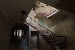 T r e p p e n h a u s (mono:chrom) Tags: europe germany beelitz heilstätten lostplaces lostplacesgermany lostplacesphotography abandonedplaces abandoned abandonedworld staircase laundry decay rottenplaces germandecay decaynation canon raw
