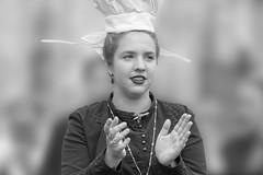 Bien en l'attendant ... (Patrick Doreau) Tags: people personne bretonne danseuse tradition culture fête sourire yeux coiffe femme défilé woman bretagne guigamp saintloup celtique costume