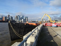 Improved Thames Path, Trundley's Wharf (unravelled) Tags: victoriadeepwaterterminal
