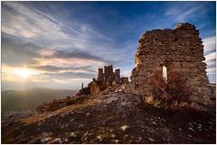 Rocca Calascio #roccacalascio #sunset #tramonto #volgoabruzzo #sonya7iii #14mm #doveviaggi (ale.photography) Tags: roccacalascio sunset tramonto volgoabruzzo sonya7iii 14mm doveviaggi