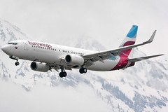D-ABKM (toptag) Tags: boeing73786j dabkm inn lowi innsbruck tirol winter mountains aviation snow