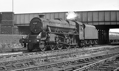 45219 at Hunslet (Garter Blue) Tags: steam lms lmr stanier black5 leeds hunslet 1960s 35mm fed bw monochrome film fp3