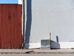 Everything Has Its Place (Lars Nordström) Tags: wall banal newtopographics