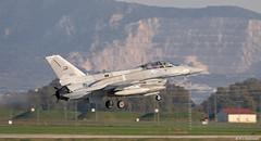 United Arab Emirates Air Force Lockheed F-16F Desert Falcon Block 60 '3018' at Morón AFB/LEMO (Mosh70) Tags: morónairbase lemo unitedarabemirates f16edesertfalcon f16edesertfalconblock60 3018 3027 lockheed