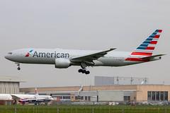 American Airlines - Boeing 777-223ER N788AN @ London Heathrow (Shaun Grist) Tags: n788an aa american americanairlines boeing 777 777223er shaungrist lhr egll london londonheathrow heathrow airport aircraft aviation aeroplanes airline avgeek landing 27l