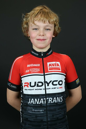 Avia-Rudyco-Janatrans Cycling Team (21)