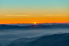 Gran Sasso Sunset, Abruzzo, Italy (Claudio_R_1973) Tags: mountain haze sunset sun landscape gransasso abruzzo centralitaly valley apennines outdoor winter nature color vivid