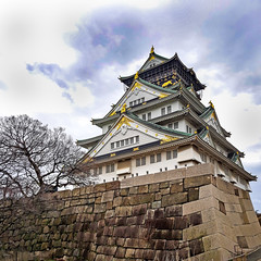 Osaka Castle (Synghan) Tags: osakacastle osaka castle lowangle eaves architecture building clouds artificial manmade photography horizontal outdoor colourimage fragility freshness nopeople foregroundfocus adjustment interesting awe wonder fulllength depthoffield vivid sharpness japan kyoto japanese landmark local attraction tranquility peace famous vacation holiday asia asian canon eos80d 80d sigma 1750mm f28 오사카성 오사카 성 일본