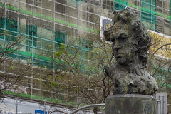 013795 - Madrid (M.Peinado) Tags: hdr escultura busto goya víctorochoa callegoya calledealcalá madrid comunidaddemadrid españa 2019 abrilde2019 05042019 canon ccby canonpowershotsx60hs