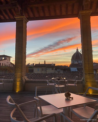 Caffè del Verone (Brennan Wille) Tags: sunset orange clouds horizon skyline city cityscape duomo florence italy firenze caffèdelverone cafe architecture twilight fall 2018 brennanwille italian tuscany toscana table hdr highdynamicrange nature night light lightroom iphoneography iphone sky church