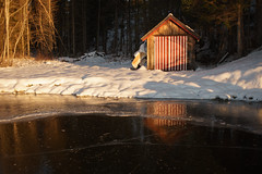 Boat house in winter light (Helena Normark) Tags: boathouse winter ice beautifullight malmsjøen skaun sørtrøndelag trøndelag norway norge sonyalpha7ii a7ii 35mm lensbaby burnside35 lensbabyburnside35 lensbabylove seeinanewway