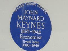 UK - London - Bloomsbury - Gordon Square - Blue plaque marking residence of John Maynard Keynes (JulesFoto) Tags: uk london england southbankramblers bloomsbury blueplaqu johnmaynardkeynes