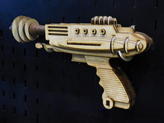 The Steam Punk Shooter (Steve Taylor (Photography)) Tags: gun shooter steampunk raygun design model brown blue wooden newzealand nz southisland canterbury christchurch armageddonexpo