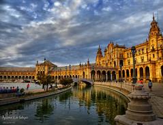 Sevilla (azucena G. De Salazar) Tags: sevilla andalucia españa color plazaespaña atardecer