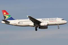 ZS-SZB 10062018 (Tristar1011) Tags: faor ortambo johannesburg jnb southafricanairways airbus a320200 a320 zsszb