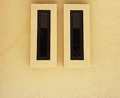 - (maggy le saux) Tags: minimalisme abstract rectangles jaune yellow amarillo yellowandblack géométrie