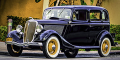 1933 Ford V8 Flathead. (Aglez the city guy ☺) Tags: ford cars classiccars urbanexploration miamibeach miamifl walking walkingaround black outdoors