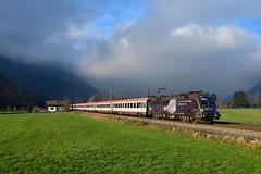 """1116 153 """"ÖBB"""" Niederaudorf (Matthias Greinwald) Tags: 1116 153 öbb österreichische bundesbahn werbelok brenner ec personenzug zug niederaudorf sternelok"""