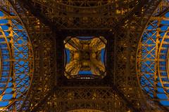 Under the tower (Marco Dioguardi) Tags: canon 10mm francia parigi paris toureiffel eiffel prospective wideangle tower torre