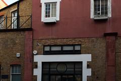 39-Warple-Way-W3-London-135-E-W-0097 (laurencemackman) Tags: warplemews warpleway london w3 victoria architecture facade heritage parapet buildings brick londonstock southfields イギリス ロンドン 建築 建物 ニコン d60 nikon アクトン れんが