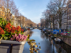 Amsterdam (J. Pelz) Tags: netherlands city canal europe boats canaboat amsterdam travel northholland nl