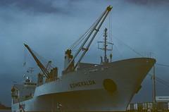 Esmeralda (-Chack-) Tags: flickr chile film analoge 50mmf18 analogue dubblefilm antigüedades puerto canon valparaiso canonae1 analog latinoamerica monsoon analogo dubble vacaciones valparaíso canonae1program