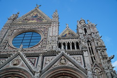 Duomo, façade, Siena (Tatiana12) Tags: siena italy façade duomo sienacathedral church architecture sculpture