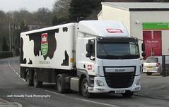 Muller Wiseman SE16 UXY at Llanfair Caereinion (Joshhowells27) Tags: mullerwiseman se16uxy daf cf dafcf refrigerated milk