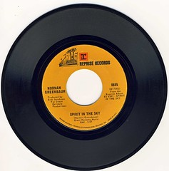 Spirit In The Sky (epiclectic) Tags: normangreenbaum 1969 epiclectic vinyl rip vintage record single 45