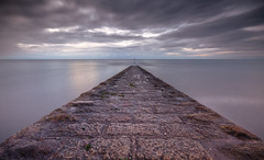 Moody morning (Vigor11) Tags: sea ocean breakwater lines perspective beach light moody horizon cloudy clouds sky morning nopeople englishchannel uk devon longexposure red grey silvery silver brown motion groin smoothwater landscape