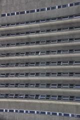 Lignes et abstractions (aurel_grand) Tags: minsk architecture stalin stalinism belarus biélorussie минск республика беларусь hiver winter ville city bâtiment bulding couleur color ligne abstrait abstraction fenêtres windows